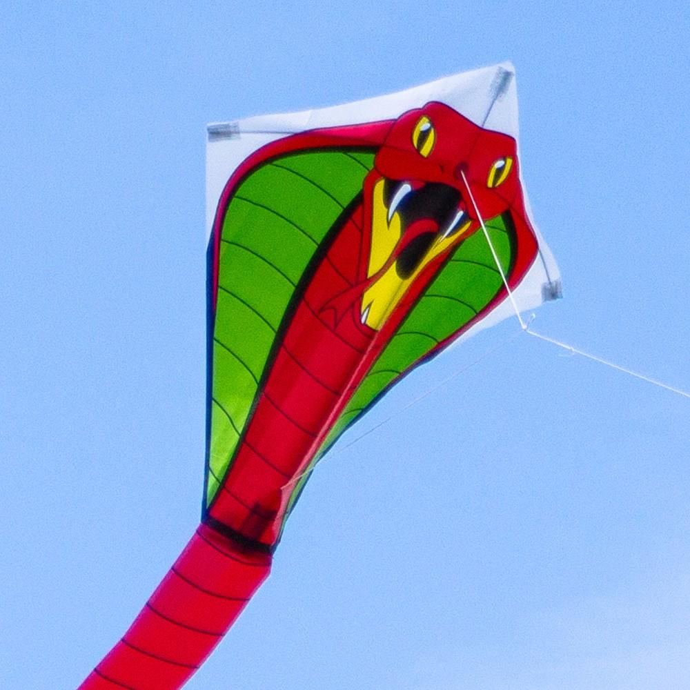 latawiec-cobra-red.jpg